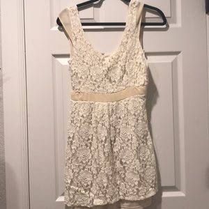 AEO beautiful lace short dress with open back